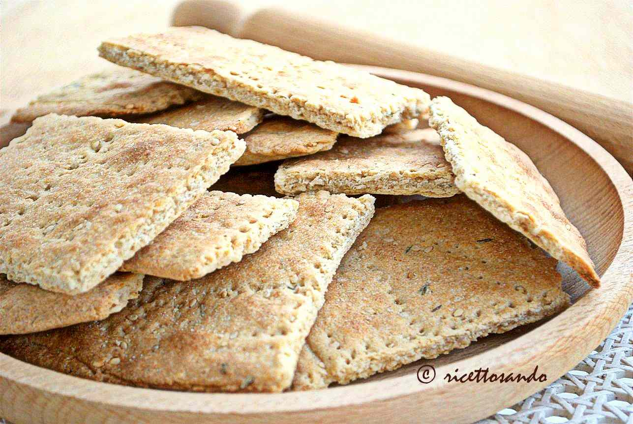 Ricetta: Crackers integrali al sesamo