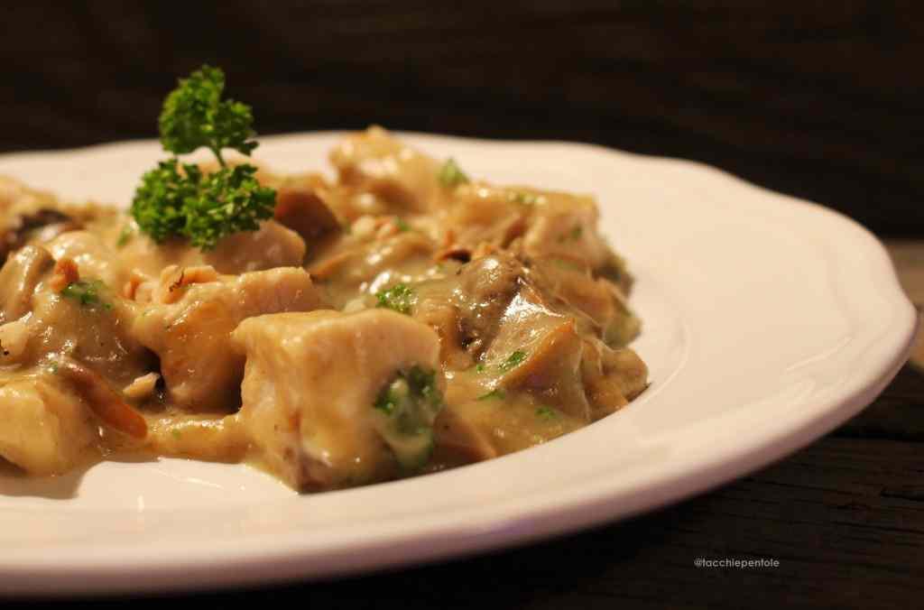 Ricetta: Pollo cremoso ai funghi porcini