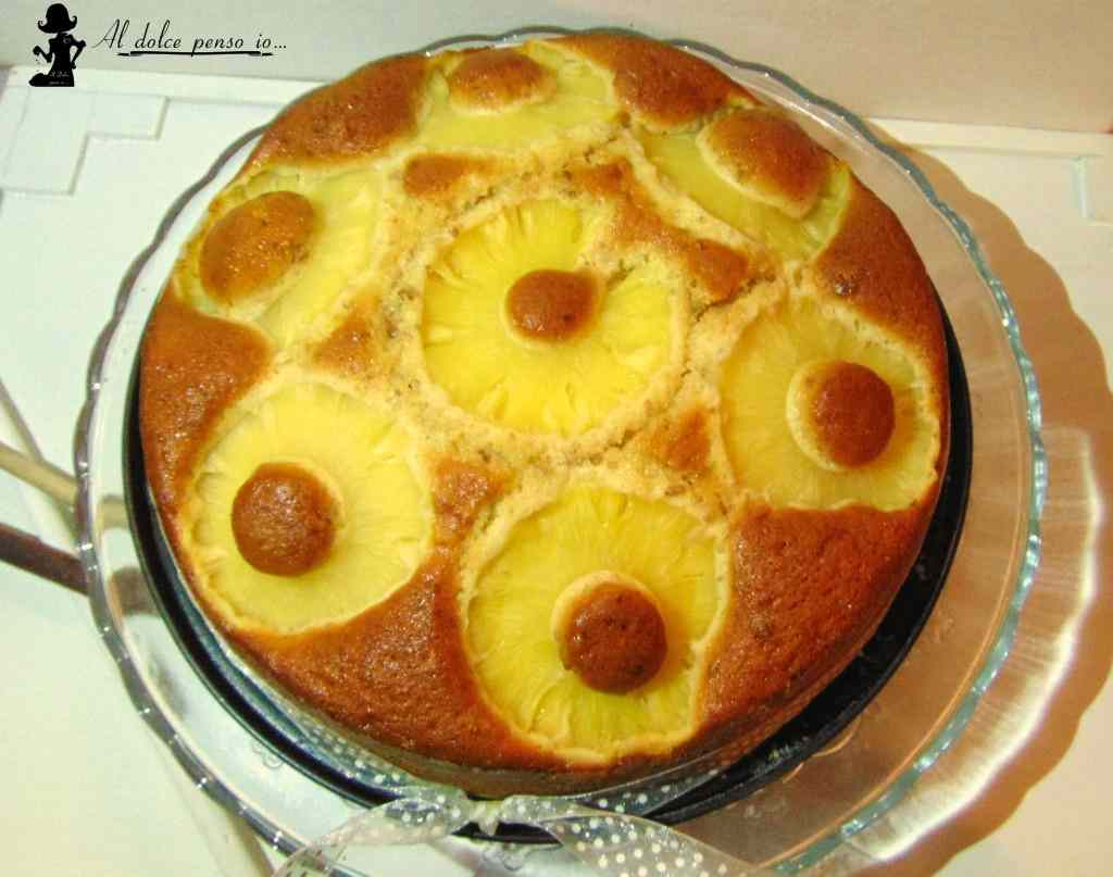 torta ananas ed uvetta