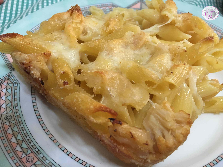 Pasta al forno con cavolfiore e mozzarella