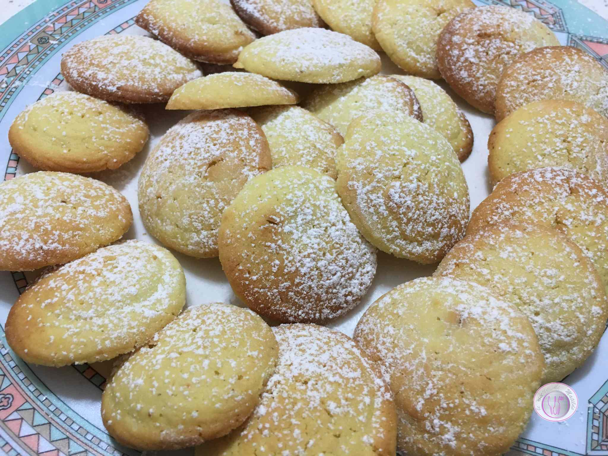 Biscotti alle mandorle con farina di riso