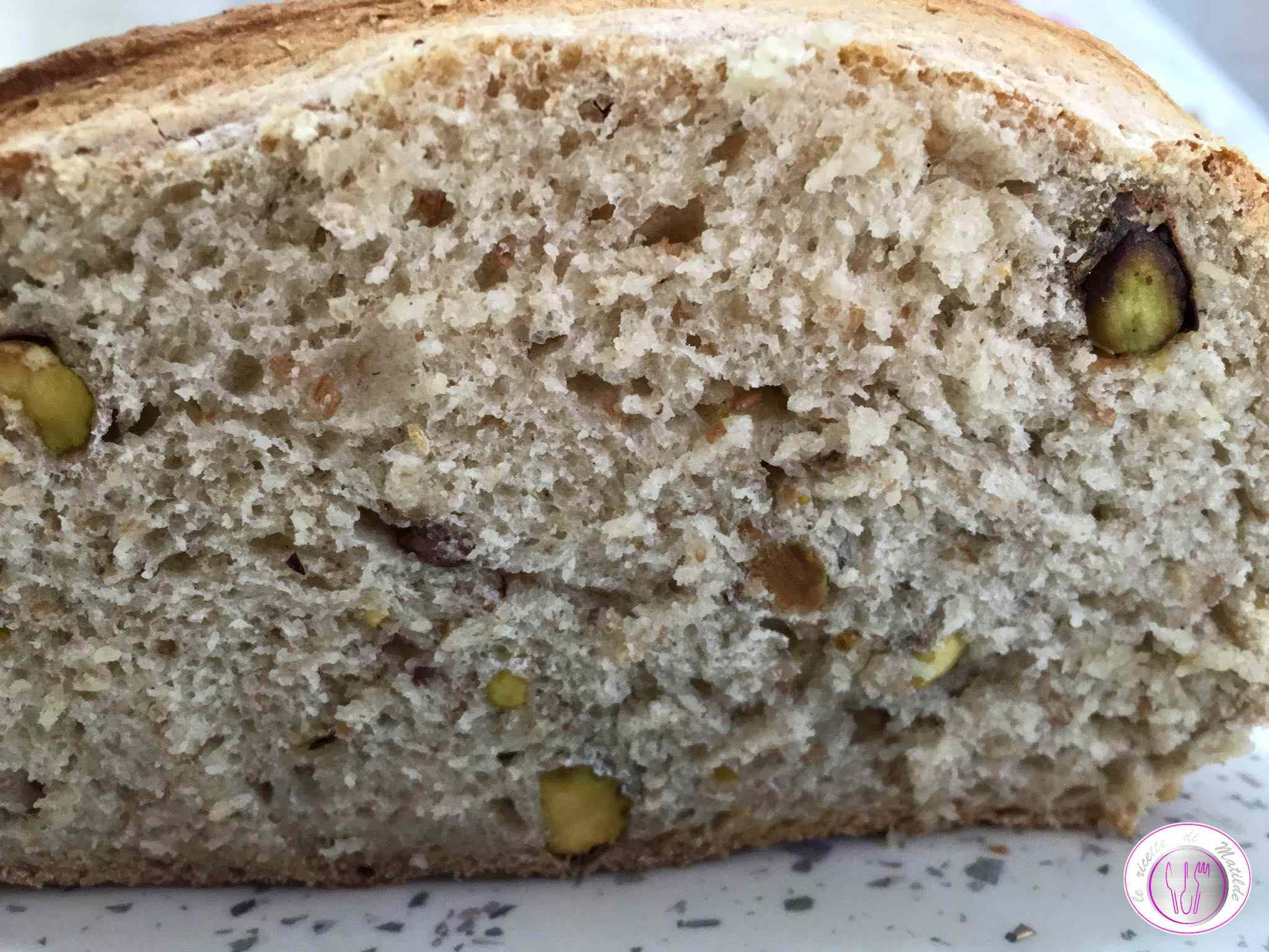 Pane ai pistacchi