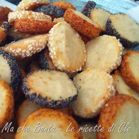 Ricetta: Diamantini ai semi (salted biscuits)