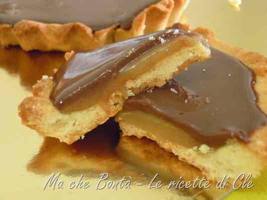 Ricetta: Crostatatine al caramello e cioccolato (caramel and chocolate tarts)