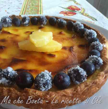 Ricetta: Crostata ananas e uva (pineapple  grape tart)