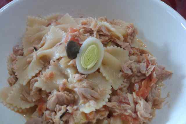 Ricetta: Spaghetti in salsa di tonno, porro e pomodorini