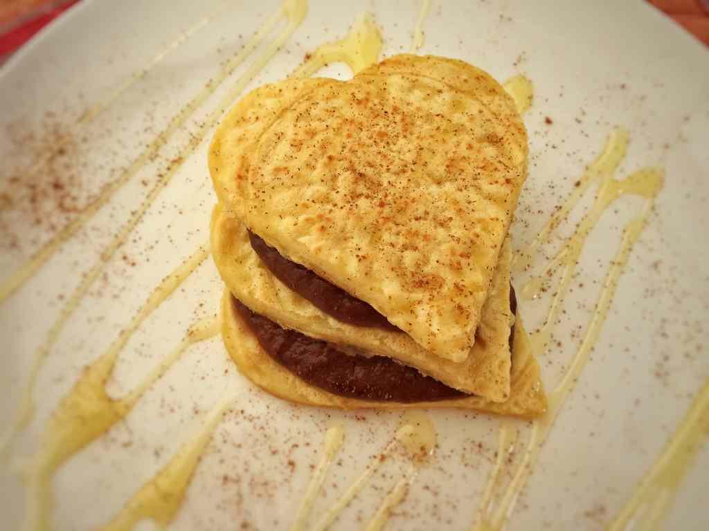 Ricetta: Pancake con crema di banana e cacao
