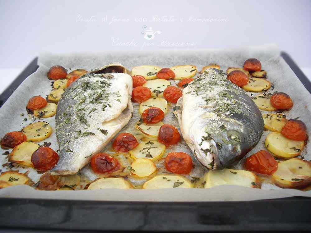 Ricetta: Orata al forno con Patate e Pomodorini