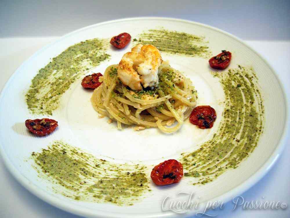 Ricetta: Spaghetti quadrati al Salmone e Mediterraneo