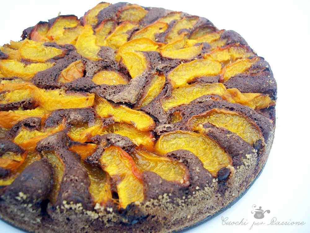 Ricetta: Torta al Cacao con Albicocche fresche