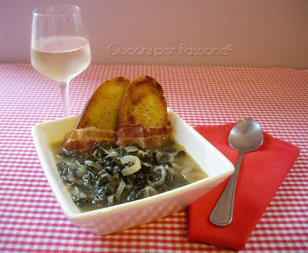 Ricetta: Zuppa di Cavolo Nero e Cipolle