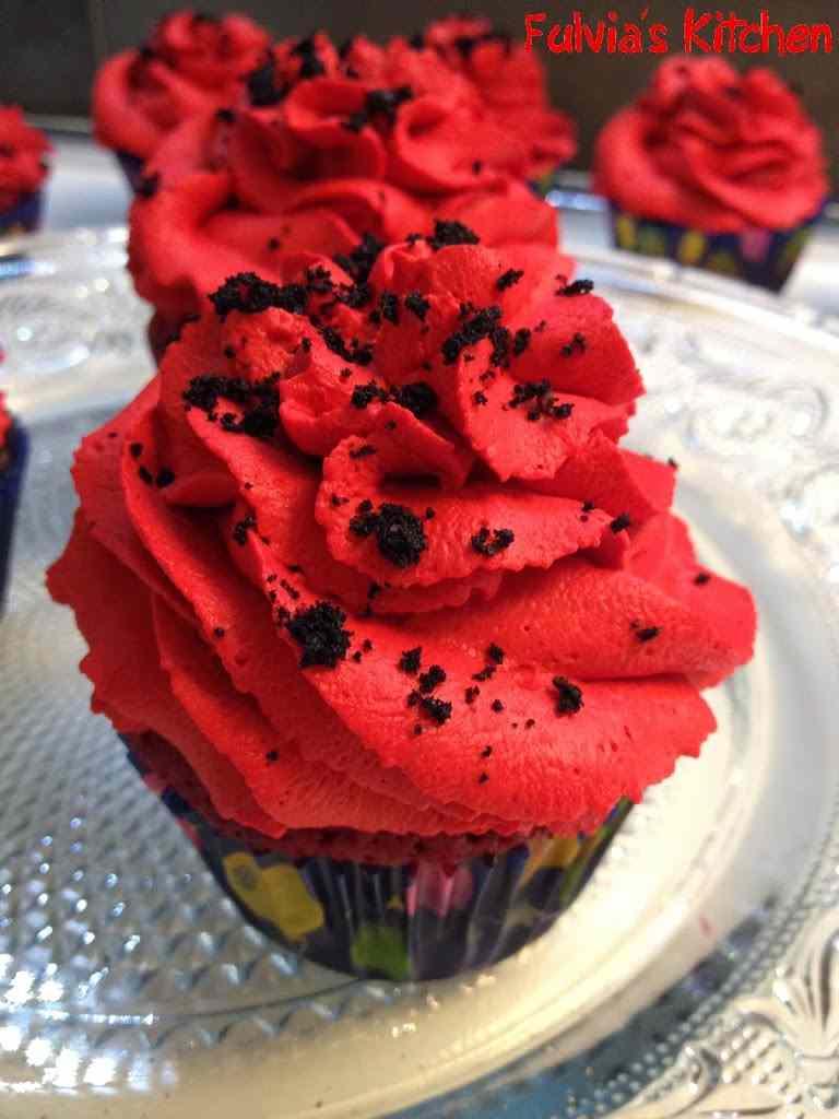 Ricetta: Cupcakes rossoneri