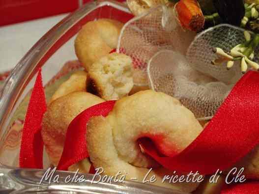 Ricetta: Taralli dolci al vino