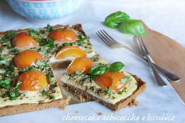 Ricetta: Cheesecake albicocche e basilico