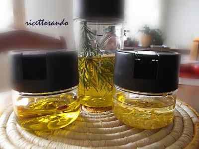 Ricetta: Olio aromatizzato