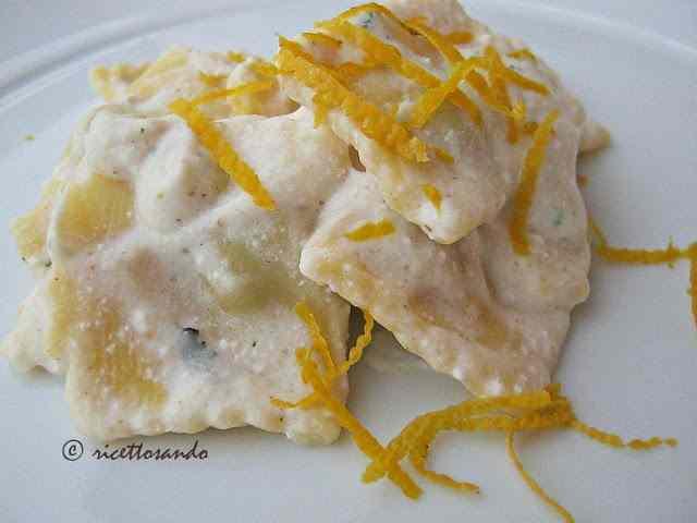 Ricetta: Raviolini light con ricotta e limone