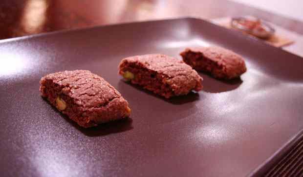 Ricetta: Cantucci al cioccolato e semi di finocchio