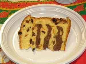 Ricetta: Panettone farcito con cioccolato e panna