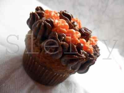 Ricetta: Cupanettonecakes - cupcakes a base di panettone recuperato
