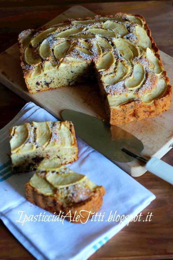 Torta golosa alle mele, noci e cioccolato