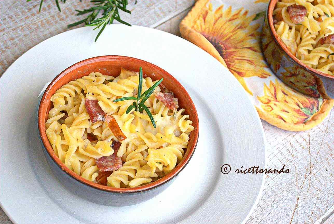 Ricetta: Pasta pasticciata con salame e provola