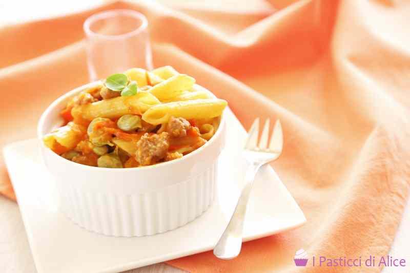 Ricetta: Pasta Salsiccia Pomodori e Fave