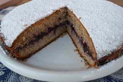 Ricetta: Torta al grano saraceno e composta di mirtilli neri