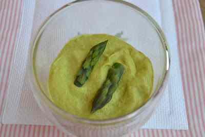 Ricetta: Bicchierini di salmone ed asparagi