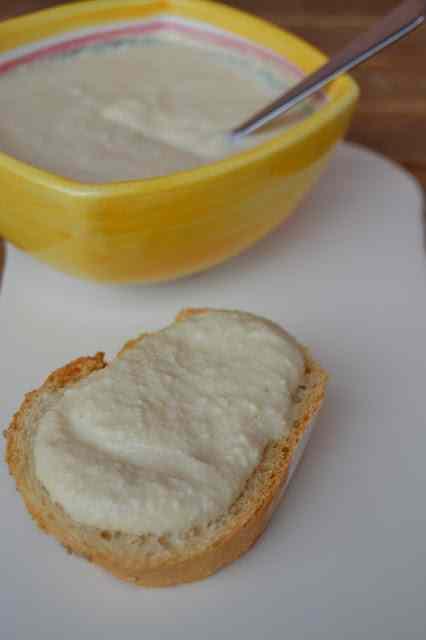 Burro di sedano e gorgonzola