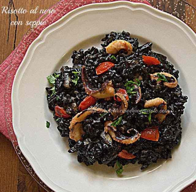 Ricetta: Risotto al nero con seppie- black risotto with cuttlefish