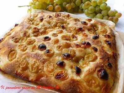 Ricetta: Schiacciata con l'uva bianca