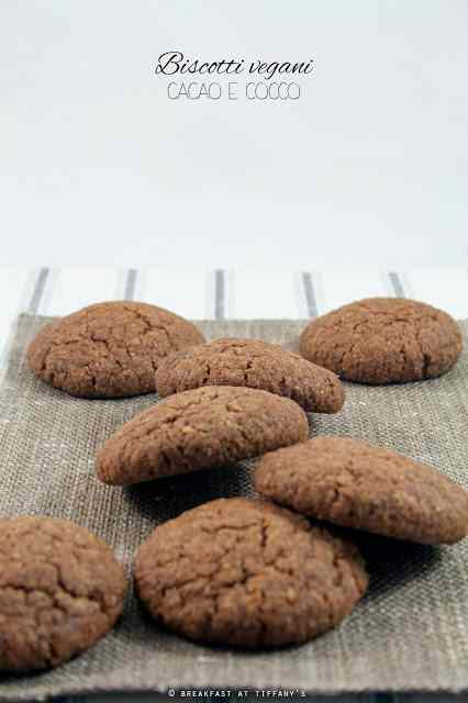 Ricetta: biscotti vegani cacao e cocco / vegan cocoa and coconut cookies recipe