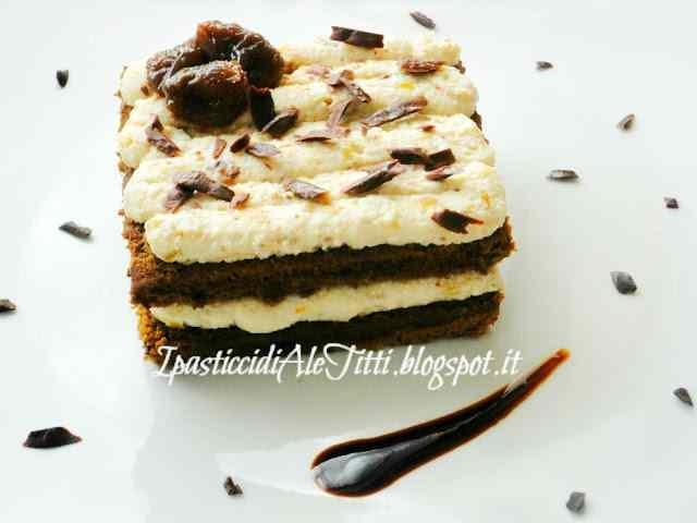 Biscuit al caffè con mousse di ricotta ai fichi caramellati