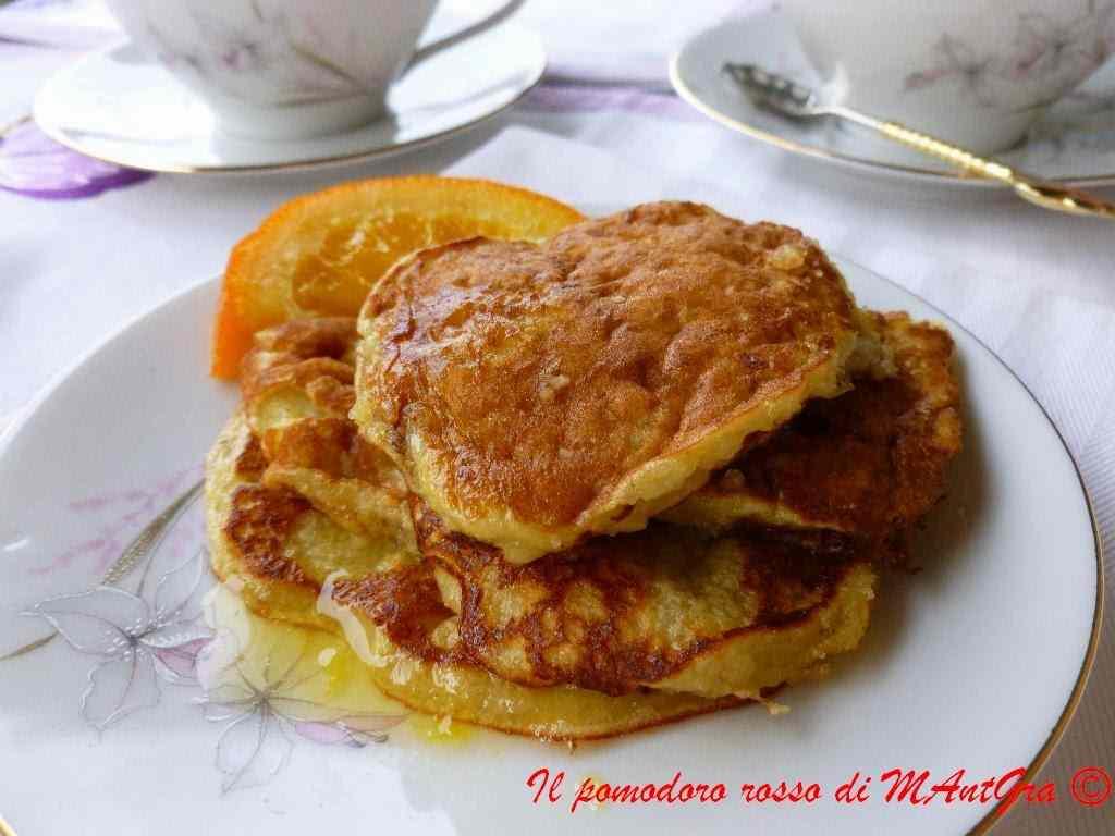 Ricetta: Pancake alle mandorle con sciroppo d'arancia