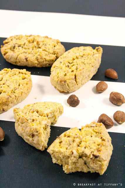 Ricetta: Biscotti con le nocciole / hazelnuts cookies recipe