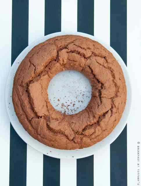 Ricetta: Ciambella al cacao senza zucchero / no sugar chocolate ring shaped cake