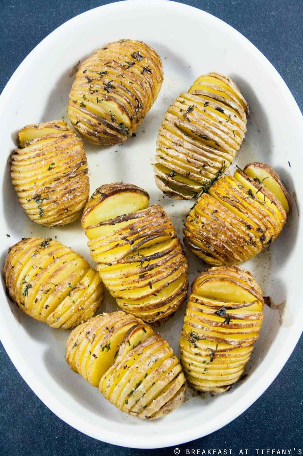 Ricetta: Patate al forno alla 'Hasselback' / Hasselback potatoes recipe
