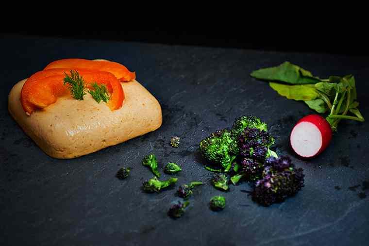 Ricetta: Formaggio vegan al cocco con germogli di broccolo