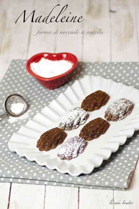 Ricetta: Madeline con farina di nocciole e nutella