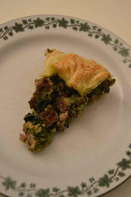 Ricetta: Torta rustica con cime di rapa e pasta di salame