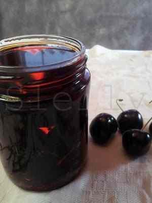 Ricetta: Arrivederci amore, ciao - tre modi di conservare le ciliegie