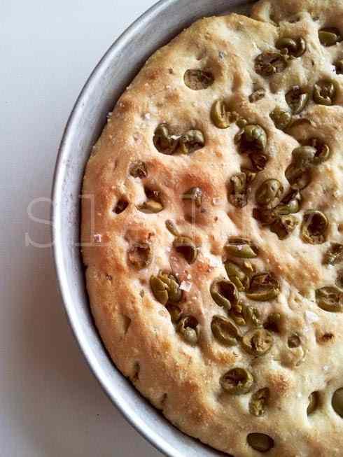 Ricetta: Pan x focaccia - panfocaccia ai cereali con olive e timo