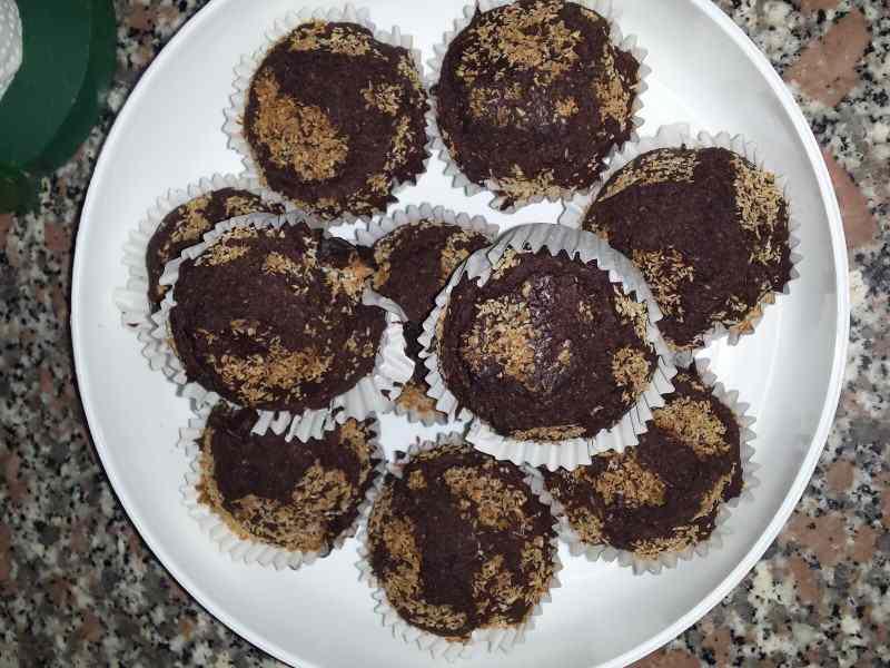 Ricetta: Muffin all\'acqua al cacao e cocco