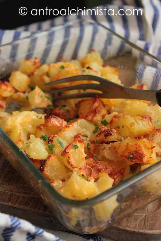 Ricetta: Patate Arrosto al Parmigiano e Prezzemolo