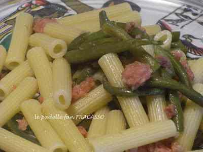 Ricetta: Rigatoni con salsiccia e fagiolini accompagnati da ...... sole pioggia neve e tempesta !!!!
