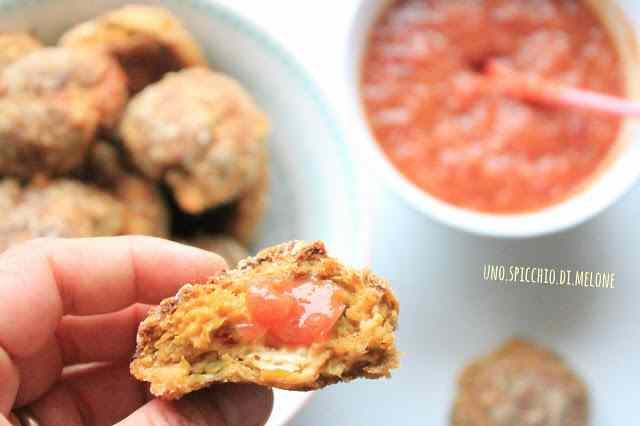 Ricetta: Polpette di pollo e verdure con salsa piccante di mango e cipolla