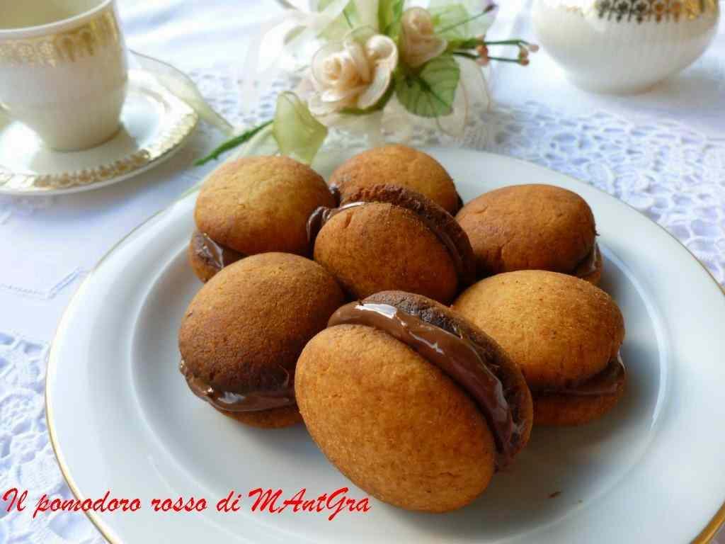 Ricetta: Bacetti al parmigiano reggiano e crema gianduia