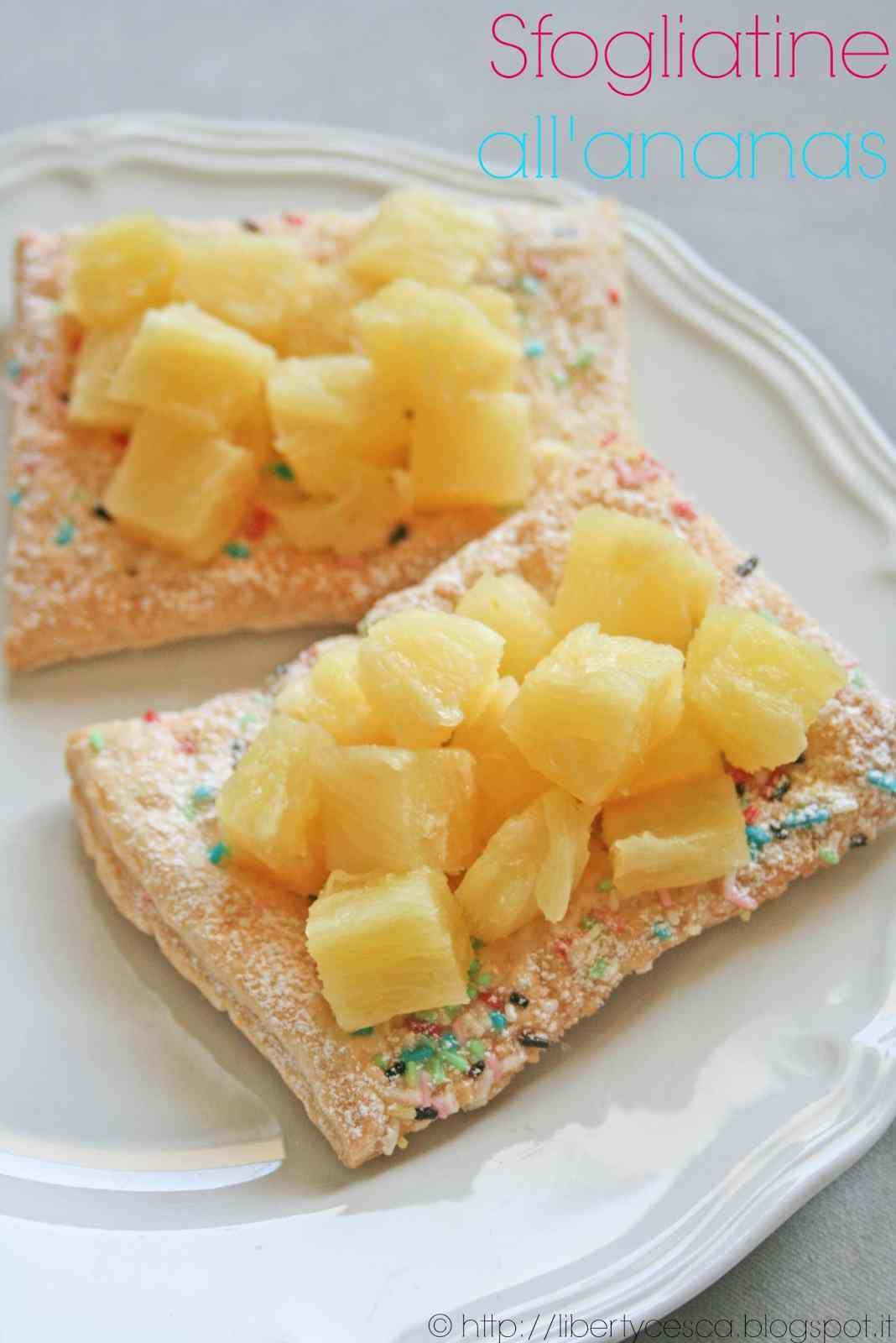 Ricetta: Sfogliatine all\'ananas / pineapple puff pastry rectangles