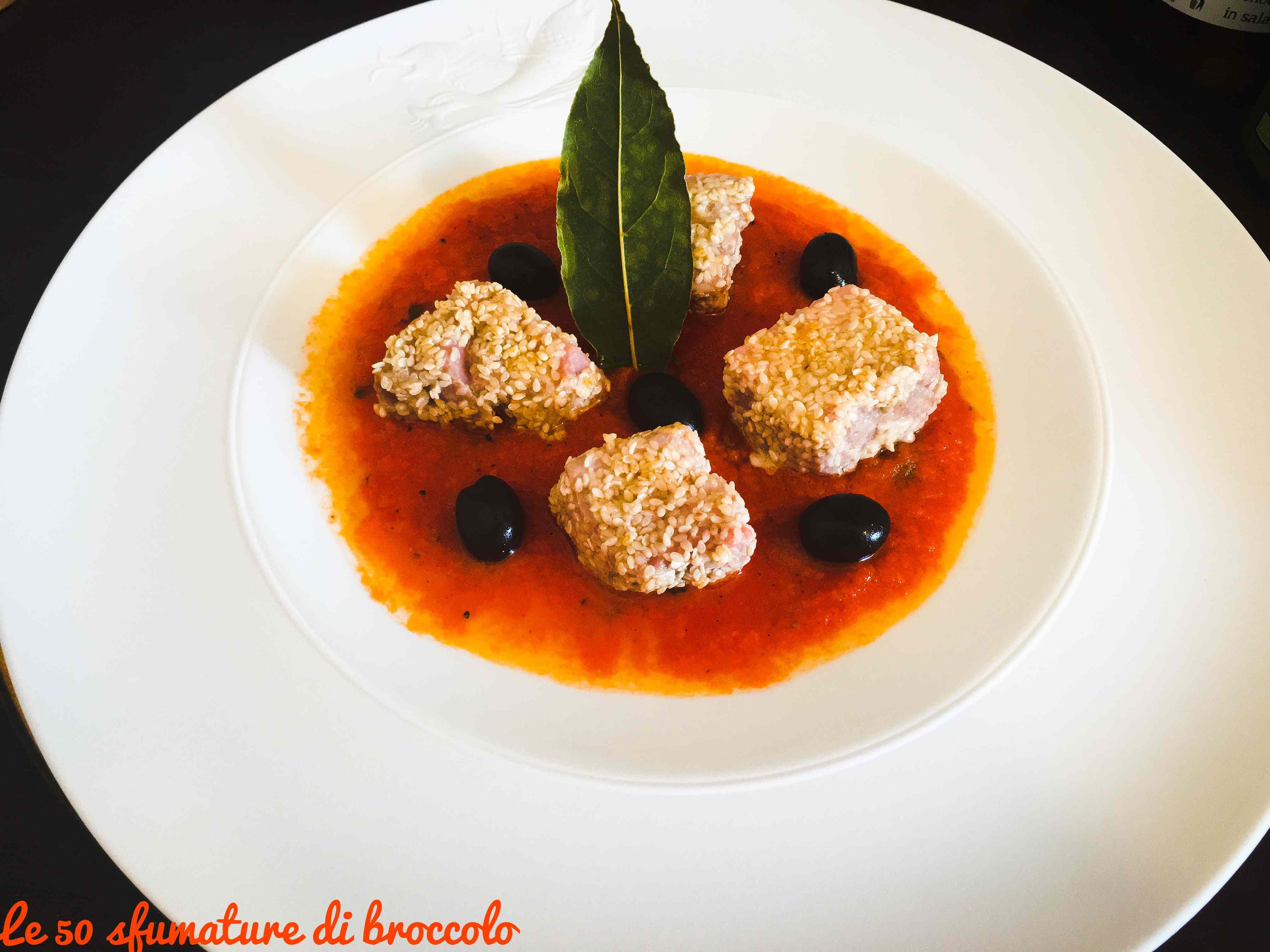 Ricetta: Bocconcini di tonno su coulis di pomodorini Sherry