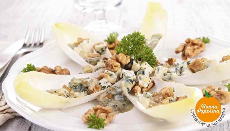 Ricetta: Insalata con roquefort e noci
